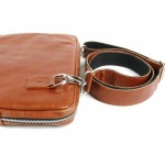 Laptopcover_strap16_cognac - CoverMe
