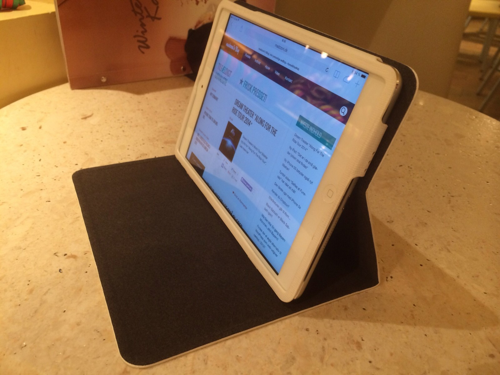 OZAKI O!COAT MULTI-ANGLE SLIM TASKE - iPad Mini 2 Retina